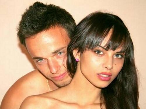 Tabuloses Pärchen zeigt vor der Sexcam Hardcore Sex